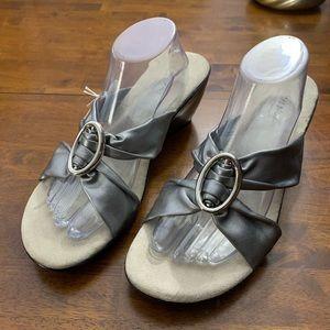 Comfort Plus Silver Sandals Sz 12W Wide Width